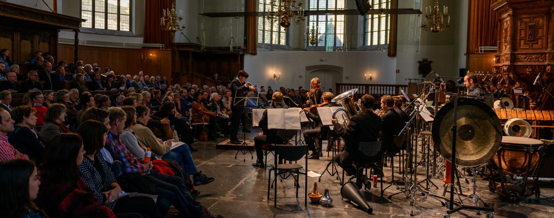 New European Ensemble & Heleen Hulst o.l.v. Christian Karlsen (Foto Rob Hogeslag)